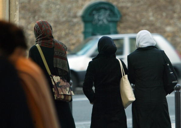France「Controversial Headscarf Decision Expected In France」:写真・画像(11)[壁紙.com]