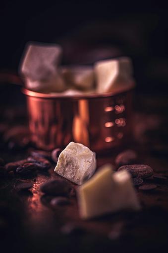 スイーツ「自家製の良い品質チョコレート バーを準備します。」:スマホ壁紙(18)