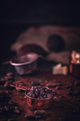 セレクティブフォーカス「自家製の良い品質チョコレート バーを準備します。」:スマホ壁紙(17)