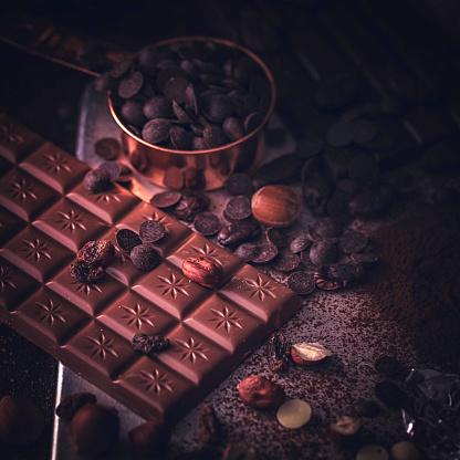 Square「自家製の良い品質チョコレート バーを準備します。」:スマホ壁紙(12)