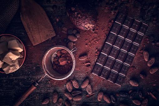 セレクティブフォーカス「自家製の良い品質チョコレート バーを準備します。」:スマホ壁紙(15)