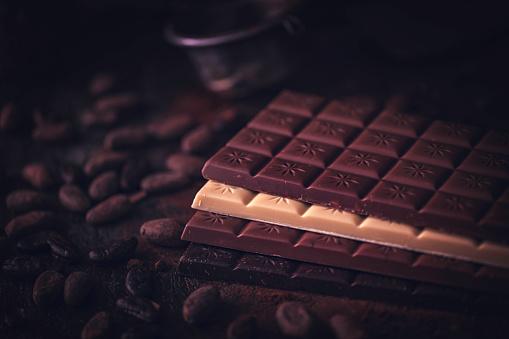 植物「自家製の良い品質チョコレート バーを準備します。」:スマホ壁紙(11)