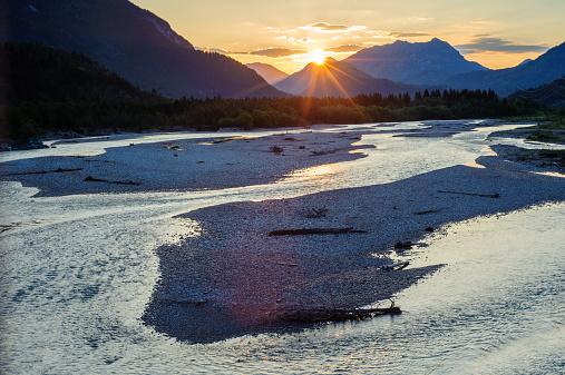 Lech River「Sunrise over Lechtal Alps」:スマホ壁紙(18)