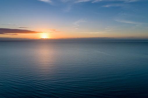 Seascape「Sunrise over sea」:スマホ壁紙(0)