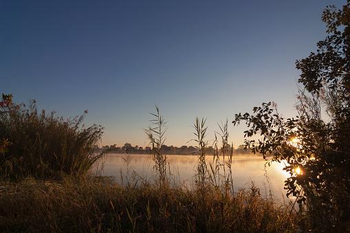 Caprivi Strip「Sunrise over Kwando river, Namibia」:スマホ壁紙(17)