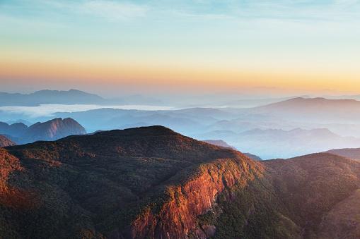 Sri Lanka「Sunrise over Adam's peak, Sri Lanka」:スマホ壁紙(4)