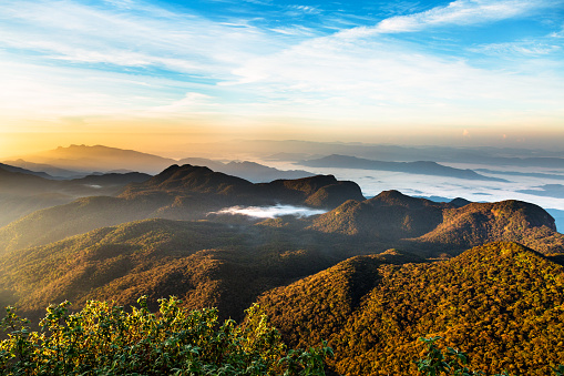 Sri Lanka「Sunrise over Adam's peak, Sri Lanka」:スマホ壁紙(11)