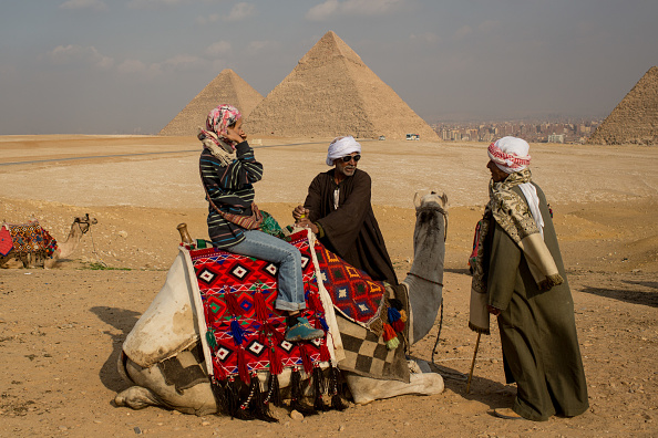 Tourism「Tourists Visits Pyramids In Egypt After Recent Bomb Blasts」:写真・画像(15)[壁紙.com]