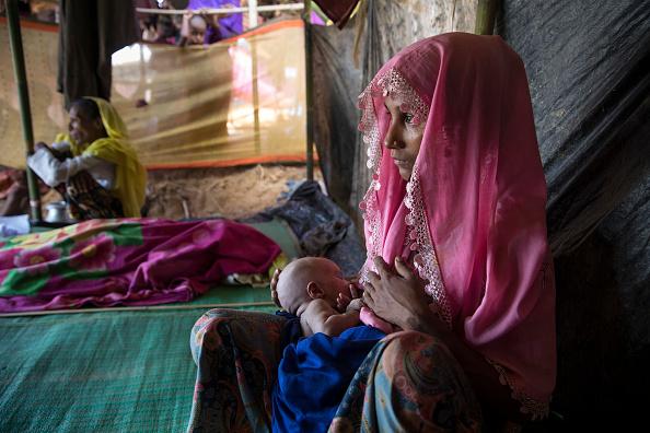 Paula Bronstein「Rohingya Refugees Flood Into Bangladesh」:写真・画像(15)[壁紙.com]