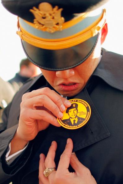 Daniel Gi「Article 32 Military Hearing Held For Bradley Manning At Fort Meade」:写真・画像(19)[壁紙.com]