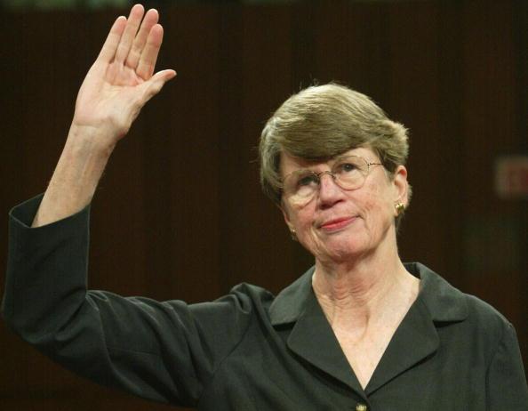 Janet Reno「Reno Testifies Before 9/11 Commission」:写真・画像(8)[壁紙.com]