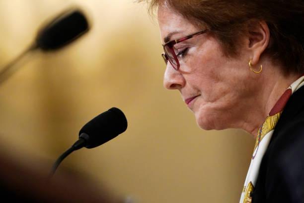 Former U.S. Ambassador To Ukraine Marie Yovanovitch Testifies At Impeachment Hearing:ニュース(壁紙.com)
