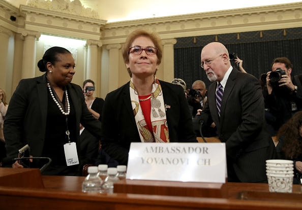 Drew Angerer「Former U.S. Ambassador To Ukraine Marie Yovanovitch Testifies At Impeachment Hearing」:写真・画像(5)[壁紙.com]