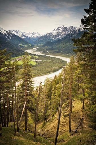 Lech River「view on natural lechvalley, tirol, austria, vintage filtered」:スマホ壁紙(13)