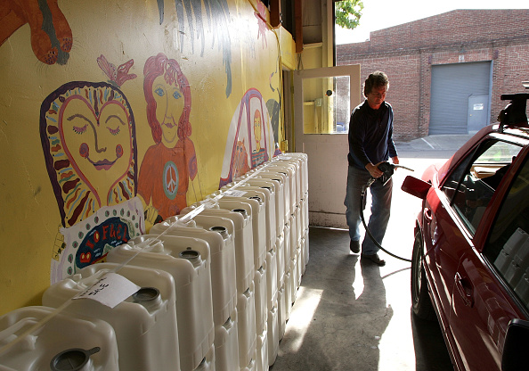 Transportation「Alternative California Gas Station Banks On Biodiesel」:写真・画像(1)[壁紙.com]