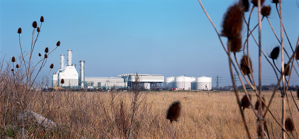Empty「Peterborough gas fired power station, one of the 1990s Dash For Gas power stations. Designed as low rise to be less visually obtrusive. United Kingdom.」:写真・画像(0)[壁紙.com]