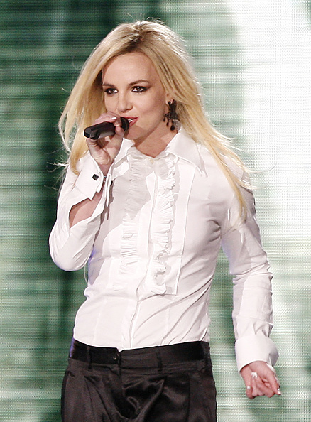 White Blouse「Madonna Performs at Dodger Stadium」:写真・画像(17)[壁紙.com]