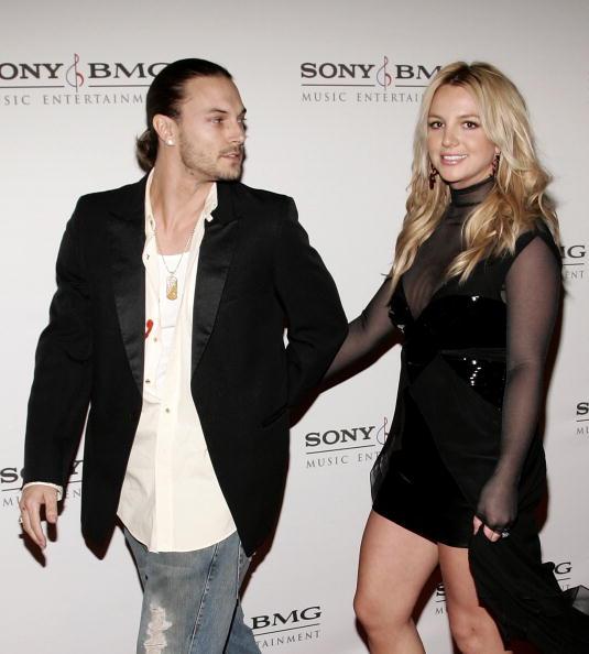 Husband「SONY BMG Grammy Party - Arrivals」:写真・画像(1)[壁紙.com]