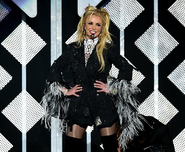 ブリトニー・スピアーズ「102.7 KIIS FM's Jingle Ball - Show」:写真・画像(15)[壁紙.com]