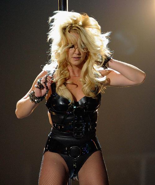 フェティッシュウェア「2011 Billboard Music Awards - Show」:写真・画像(5)[壁紙.com]