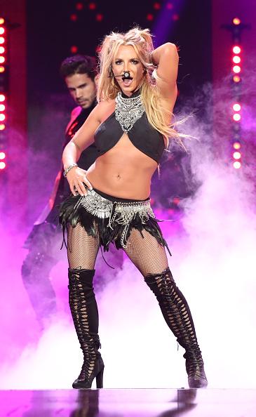 Britney Spears「2016 iHeartRadio Music Festival - Night 2 - Show」:写真・画像(16)[壁紙.com]