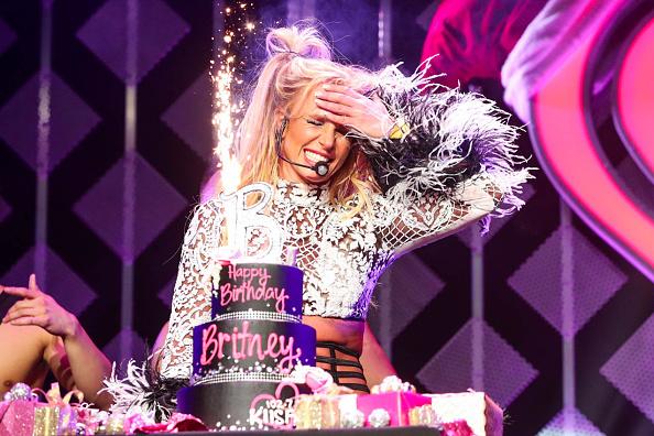 Britney Spears「102.7 KIIS FM's Jingle Ball - Show」:写真・画像(2)[壁紙.com]