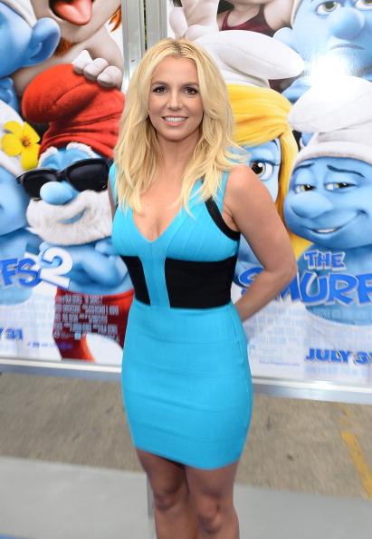 "Outdoors「""The Smurfs 2"" - Los Angeles Premiere - Blue Carpet」:写真・画像(9)[壁紙.com]"