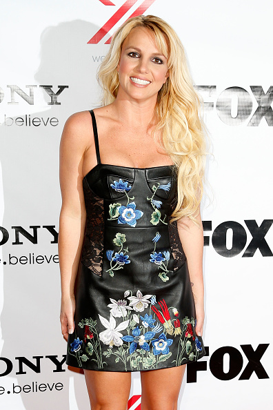 "Multi Colored「Fox's ""The X Factor"" Viewing Party - Arrivals」:写真・画像(17)[壁紙.com]"