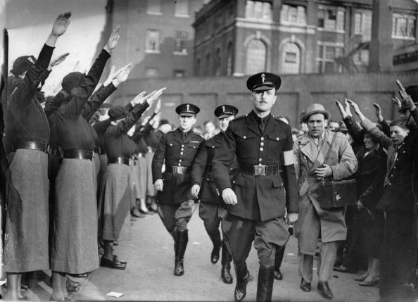 East London「Oswald Mosley at a fascist rally in East London, Photograph, England, October 4th 1936」:写真・画像(18)[壁紙.com]