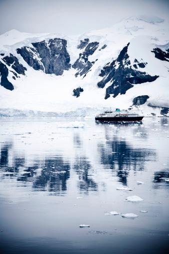 Ice-breaker「Antarctica Icebreaker」:スマホ壁紙(17)