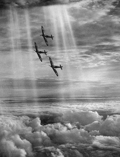 Sunlight「Supermarine Spitfire」:写真・画像(15)[壁紙.com]