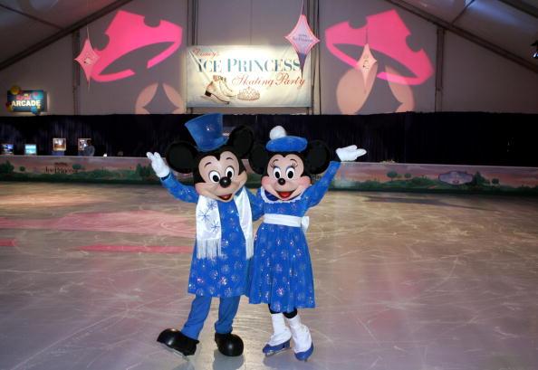 ミニーマウス「Disney's Premiere Of The 'Ice Princess' - After Party」:写真・画像(17)[壁紙.com]