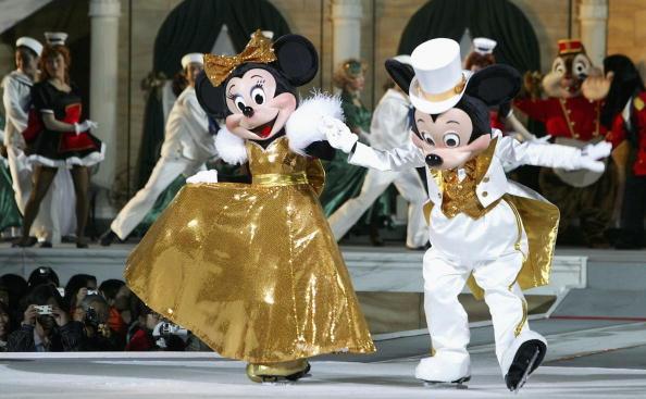 ミニーマウス「DisneySea Tokyo begins its Christmas festivities」:写真・画像(12)[壁紙.com]