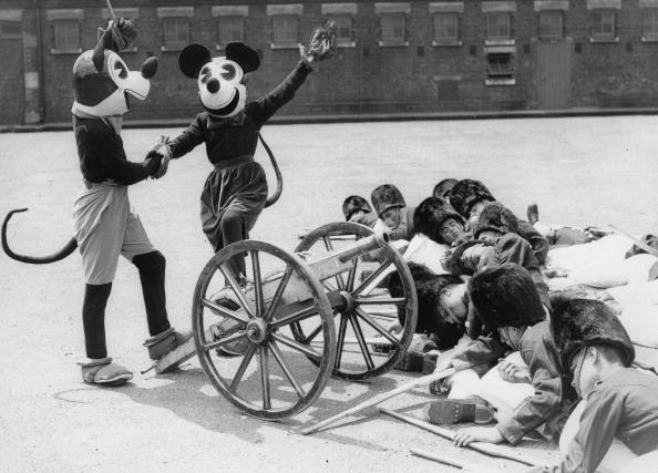 ミニーマウス「Mickey und Minnie Mouse」:写真・画像(3)[壁紙.com]