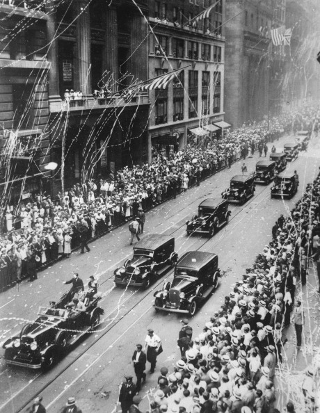 Land Vehicle「The Two Ocean Aviators Amy And Jim Mollison Be Celebrated On Broadway. 9Th August  1933. Photograph.」:写真・画像(5)[壁紙.com]