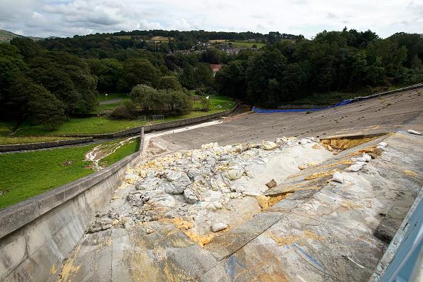 Whaley Bridge「Damage Inspection Takes Place At Toddbrook Reservoir」:写真・画像(16)[壁紙.com]