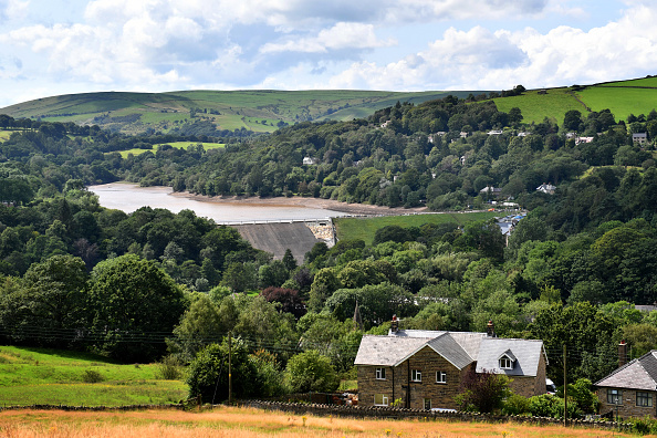 Whaley Bridge「Whaley Bridge Dam Site」:写真・画像(2)[壁紙.com]