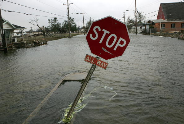Justin Sullivan「New Orleans Feels Effects Of Hurricane Rita」:写真・画像(9)[壁紙.com]