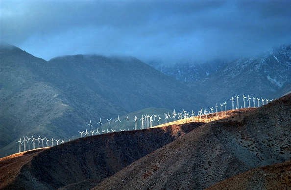 Wind Turbine「Storm Eases Over Windfarms」:写真・画像(11)[壁紙.com]