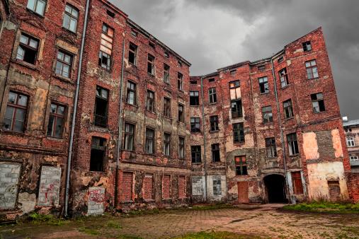 貧困「旧 Tenement」:スマホ壁紙(9)