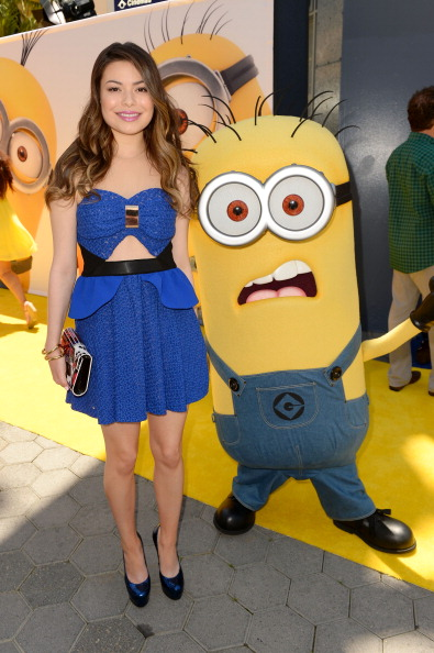 "Clipping Path「Premiere Of Universal Pictures' ""Despicable Me 2"" - Red Carpet」:写真・画像(17)[壁紙.com]"