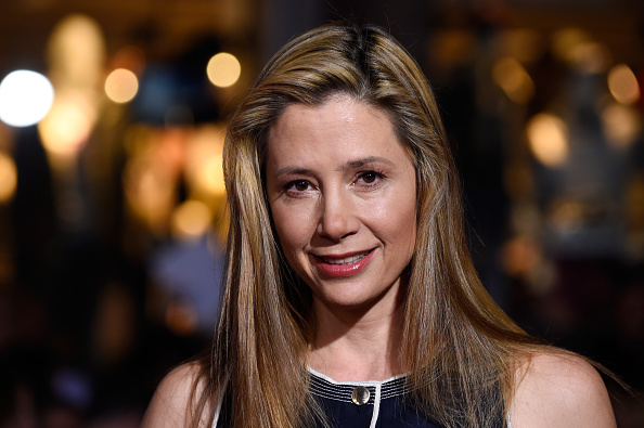 "Mira Sorvino「Premiere Of Disney's ""Big Hero 6"" - Arrivals」:写真・画像(3)[壁紙.com]"