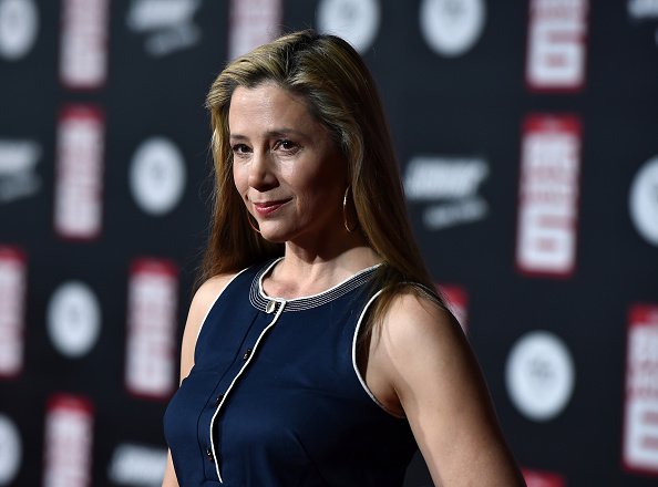 "Mira Sorvino「Premiere Of Disney's ""Big Hero 6"" - Red Carpet」:写真・画像(2)[壁紙.com]"