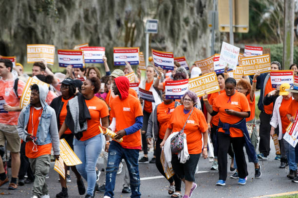 Activists Rally At Florida State Capitol For Gun Law Reform Legislation:ニュース(壁紙.com)