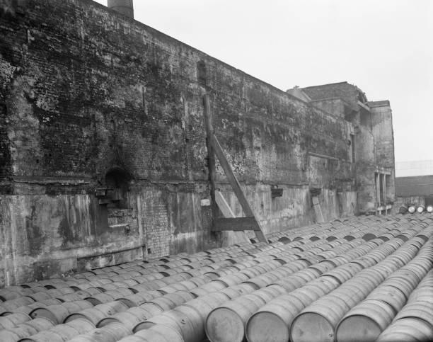 Tudor Navy Storehouse:ニュース(壁紙.com)