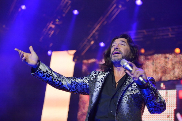 Human Arm「Marc Anthony, Chayanne And Marco Antonio Solis In Concert - East Rutherford, NJ」:写真・画像(12)[壁紙.com]