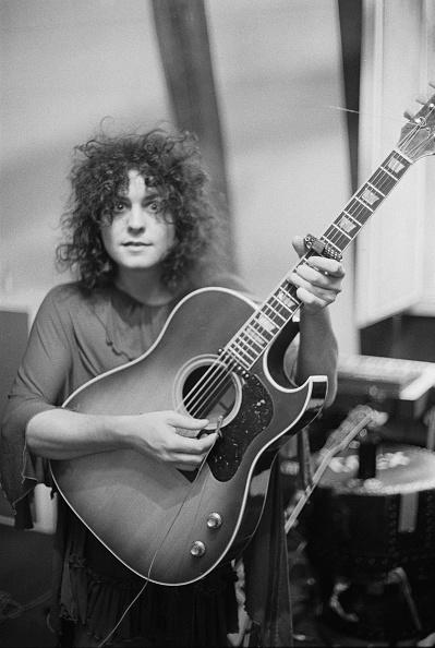Acoustic Guitar「Tanx Sessions」:写真・画像(2)[壁紙.com]