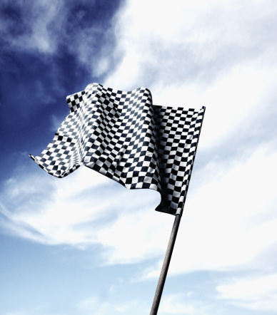 Sports Flag「Checkered racing flag blowing in wind」:スマホ壁紙(13)