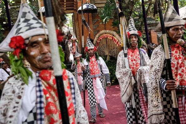 Place of Worship「Royal Cremation Held For Tjokorda Istri Sri Tjandrawati」:写真・画像(9)[壁紙.com]