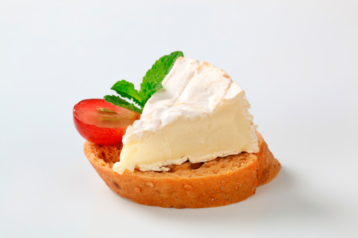 Mint Leaf - Culinary「bread with a camembert cheese」:スマホ壁紙(7)